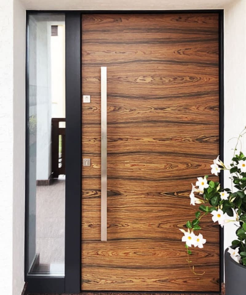 Zdjęcie Promocyjne Solidne Drzwi